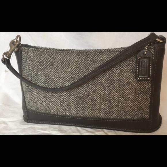Coach Handbags - NWOT Coach Designer Tweed Clutch